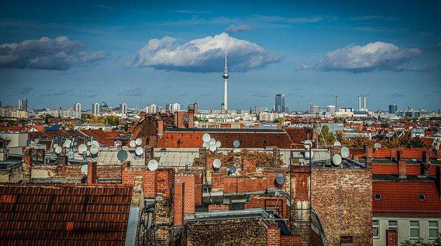 Alte Sat-Antennen in Berlin | Foto: scholty1970, pixabay.com, Pixabay License